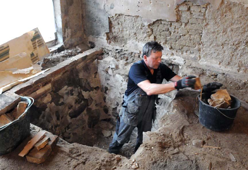 Pappa Mats gräver och gräver och gräver och…