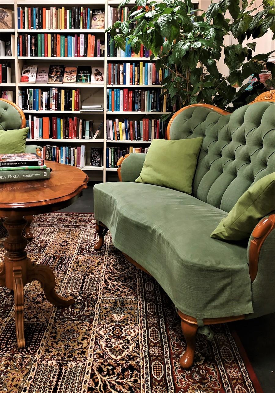 bibliotek soffa